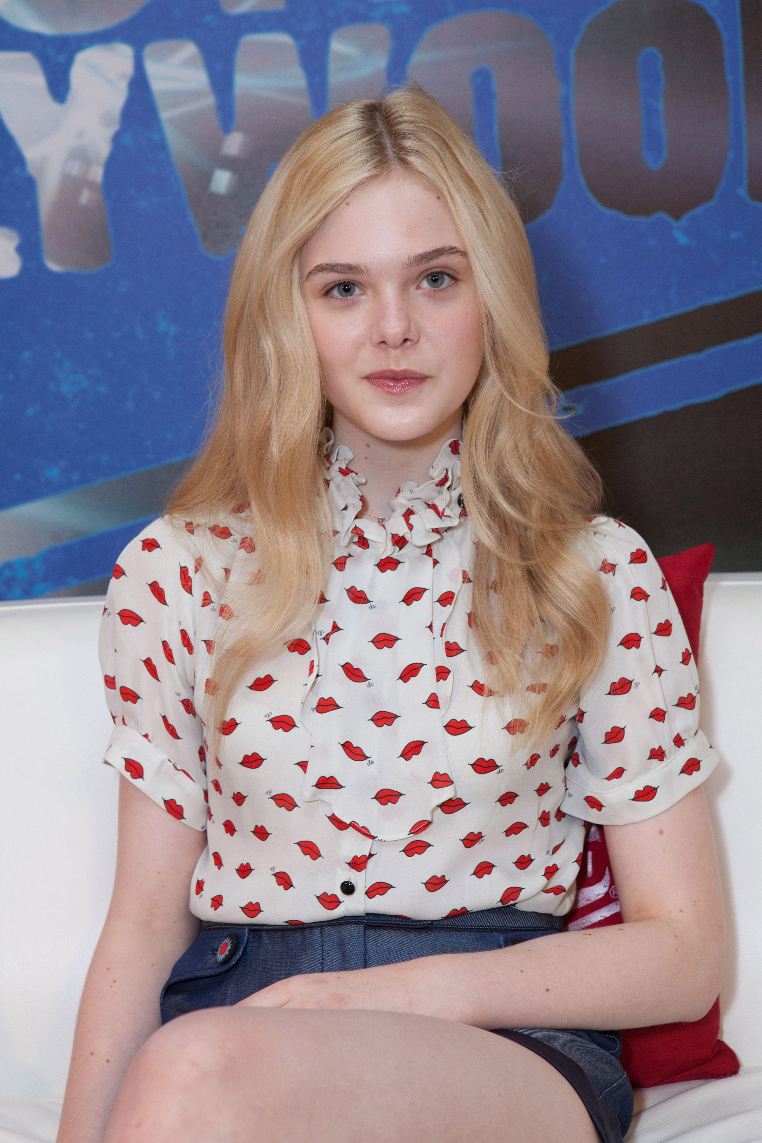 Elle Fanning Android Wallpapers