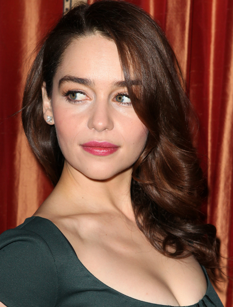 Emilia Clarke Android Wallpapers