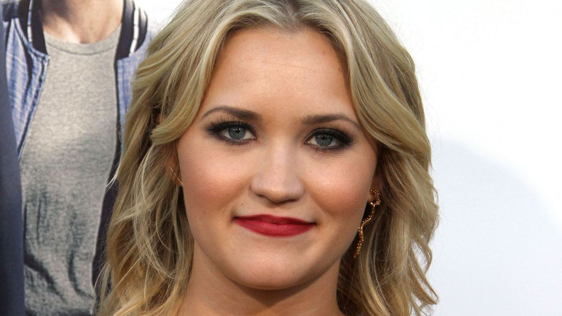 Emily Osment Wallpapers Hq