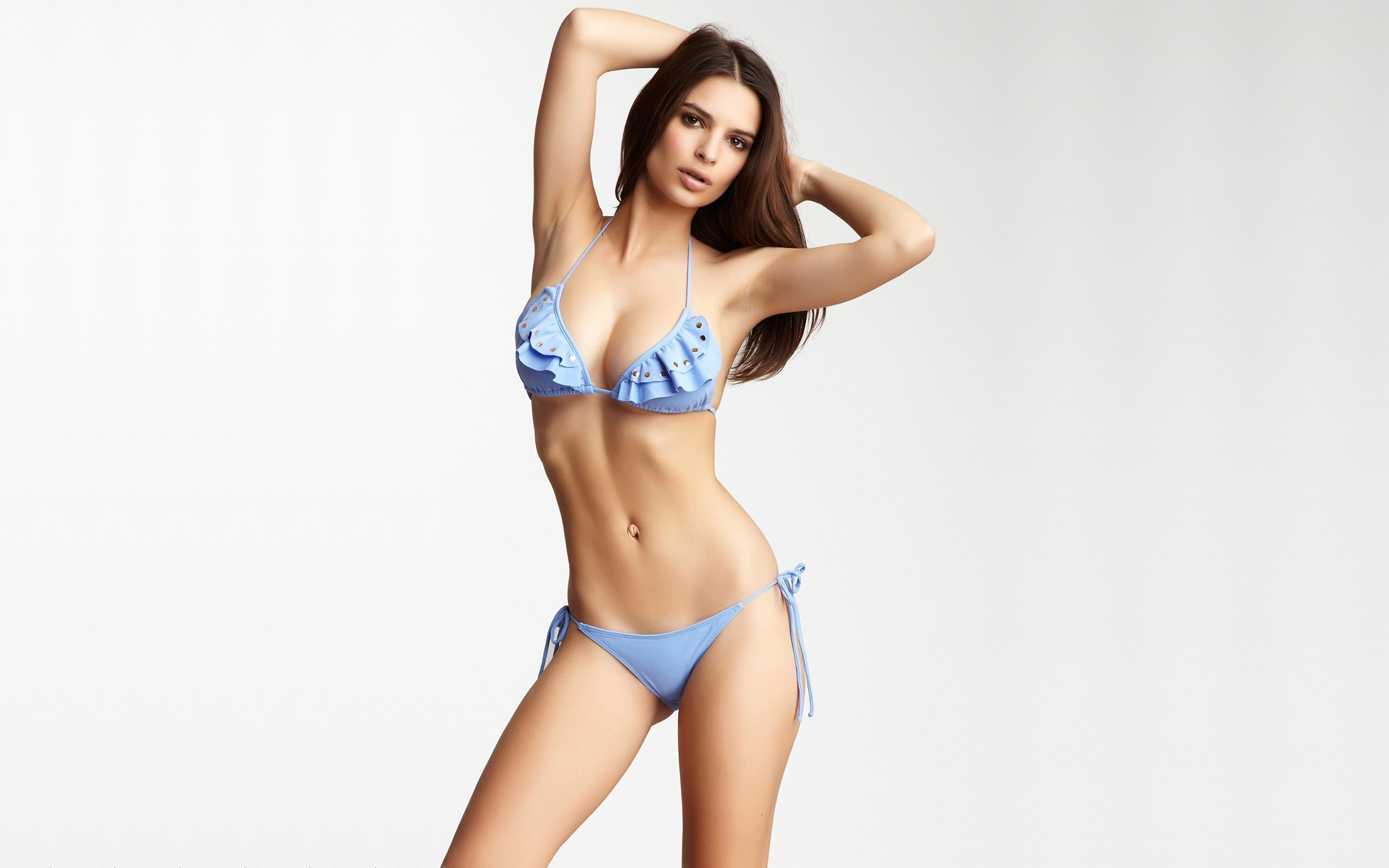 Emily Ratajkowski Wallpapers Images Photos Pictures Backgrounds