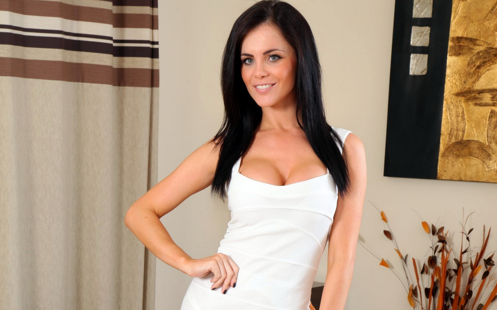 Emma Glover Photos