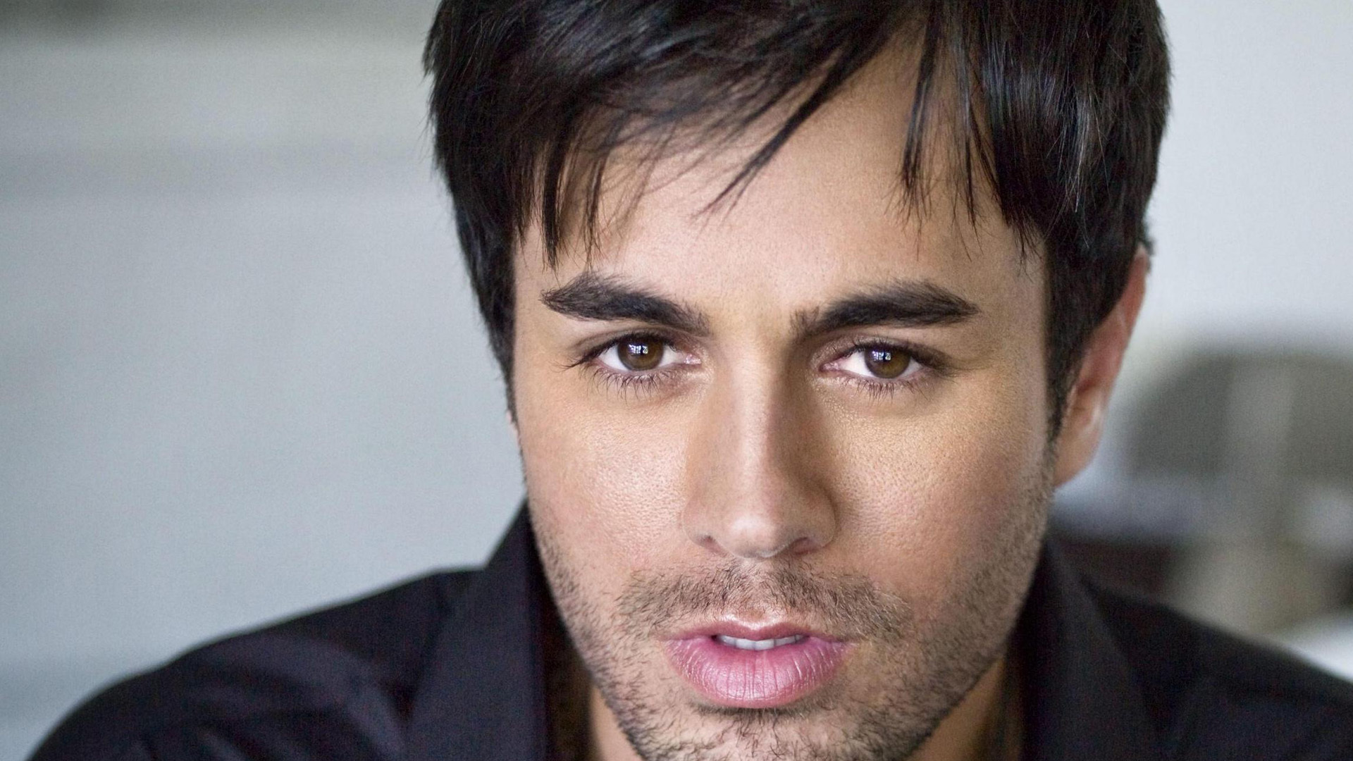 Enrique Iglesias Computer Wallpaper