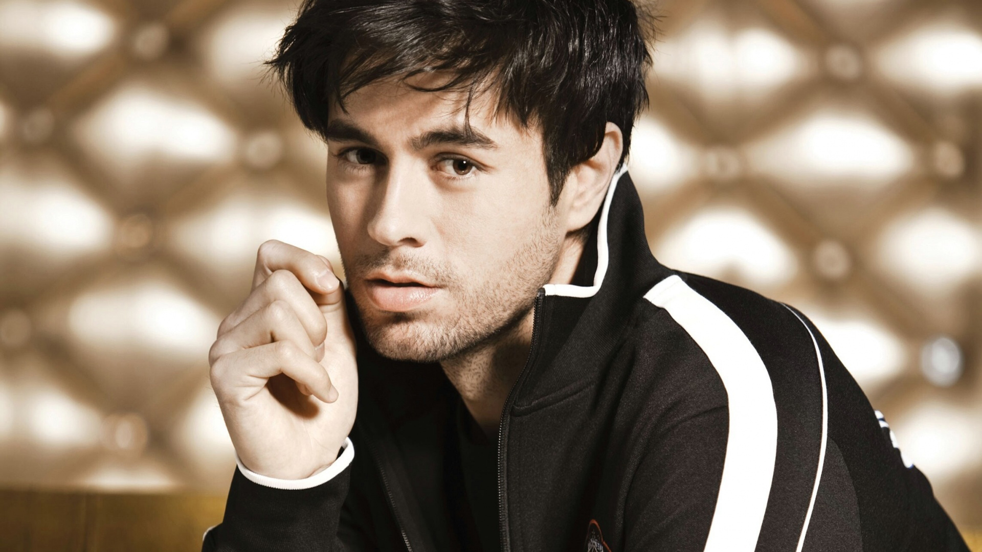 Enrique Iglesias Hd Background