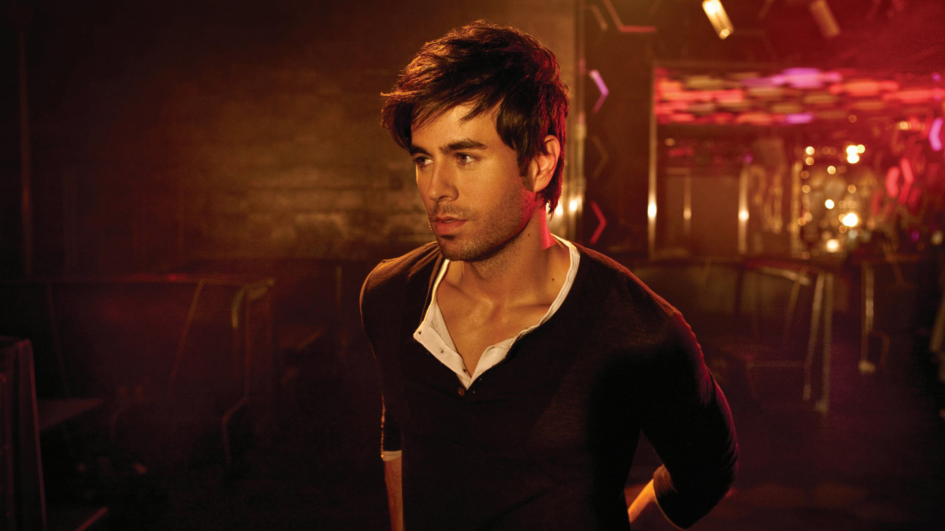 Enrique Iglesias High Definition Wallpapers
