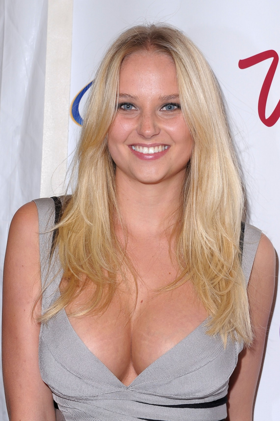 Genevieve Morton Wallpaper For Android