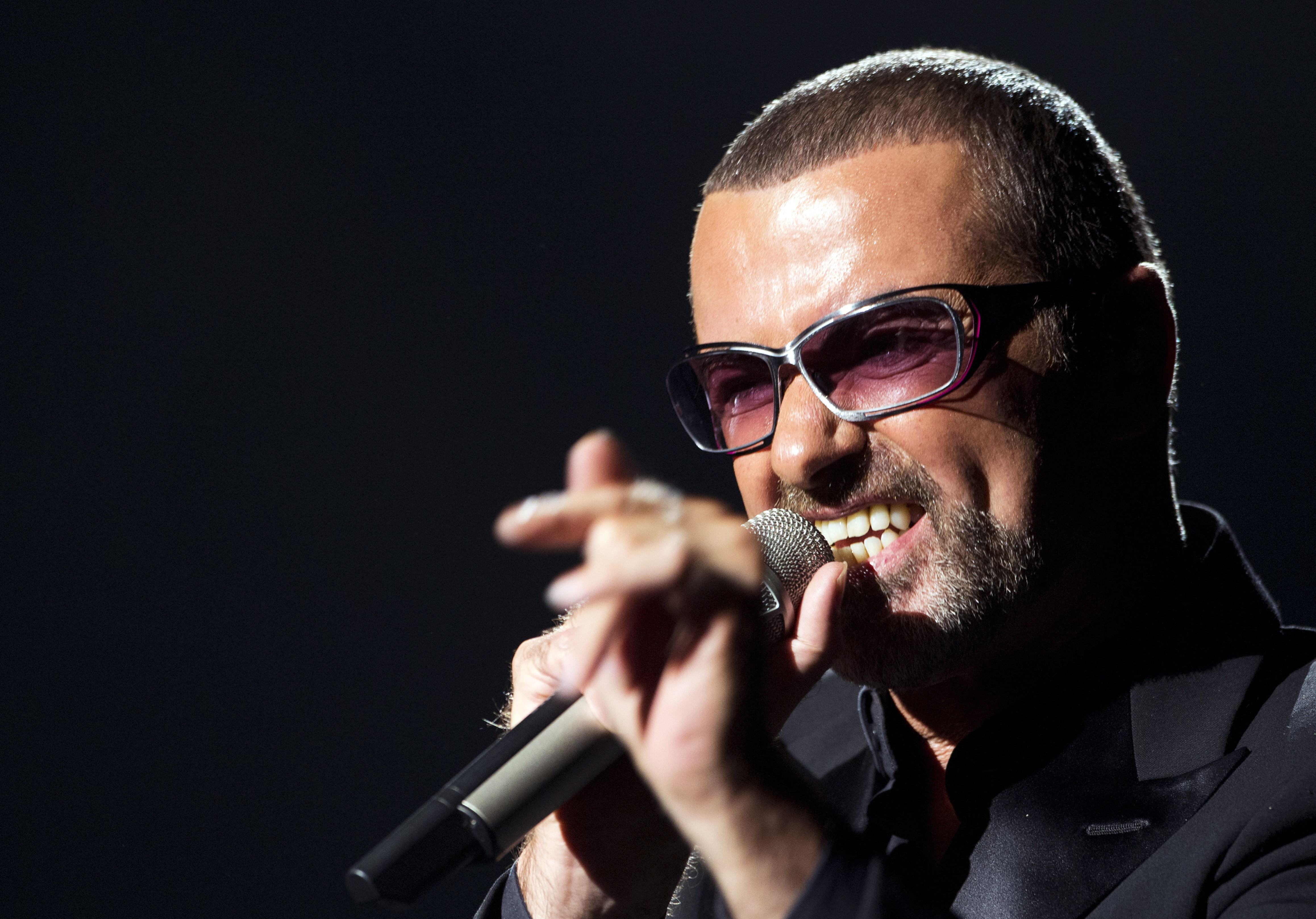 George Michael High Quality Wallpapers