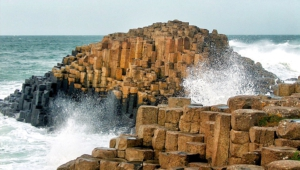 Giants Causeway Desktop