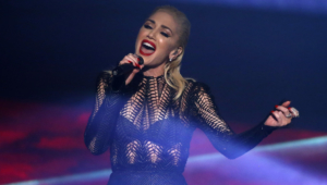 Gwen Stefani Desktop