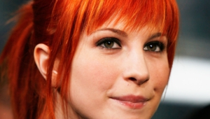 Hayley Williams Toples