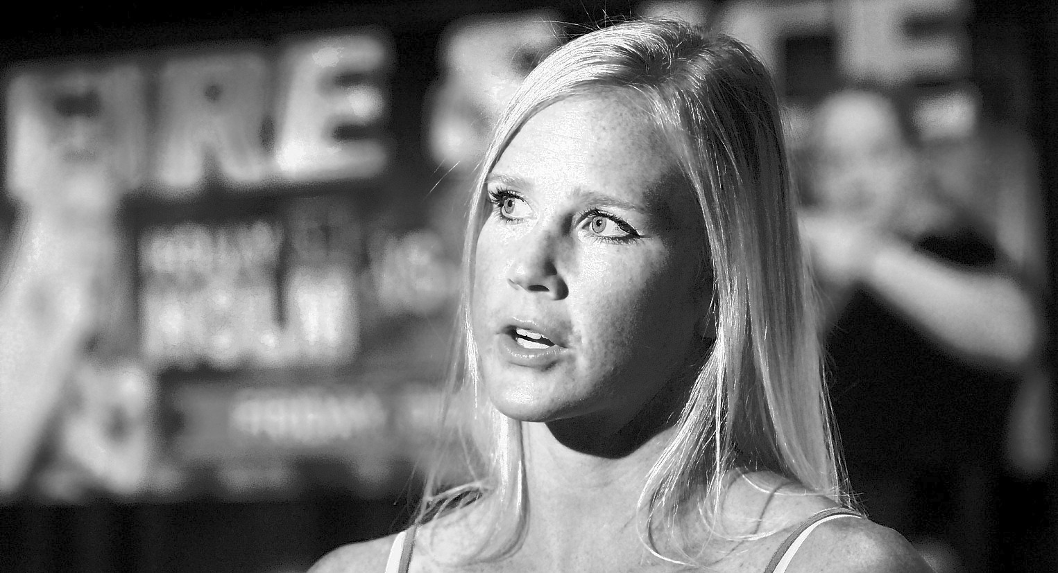 Holly Holm Computer Wallpaper