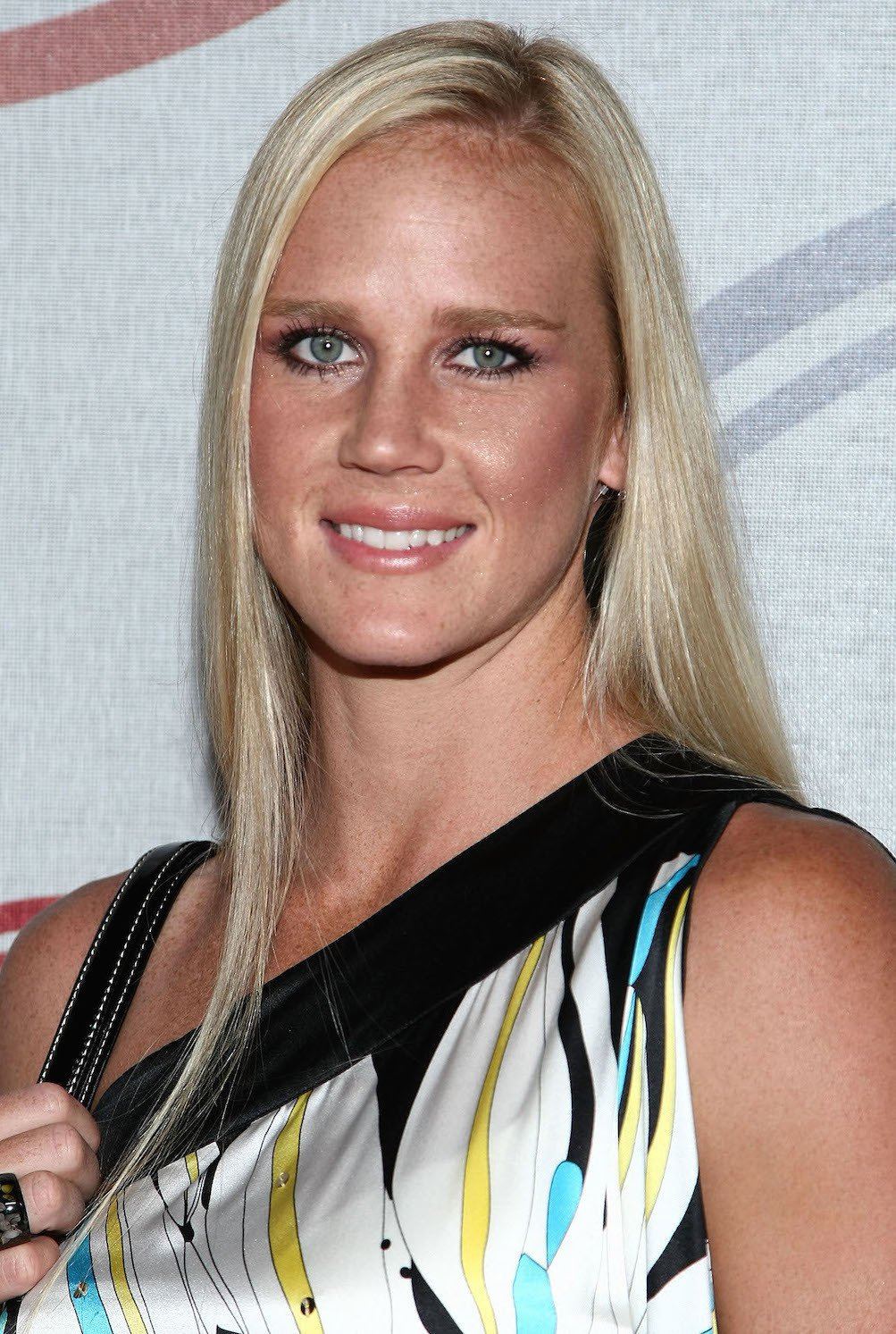 Holly Holm Smartphone Wallpaper