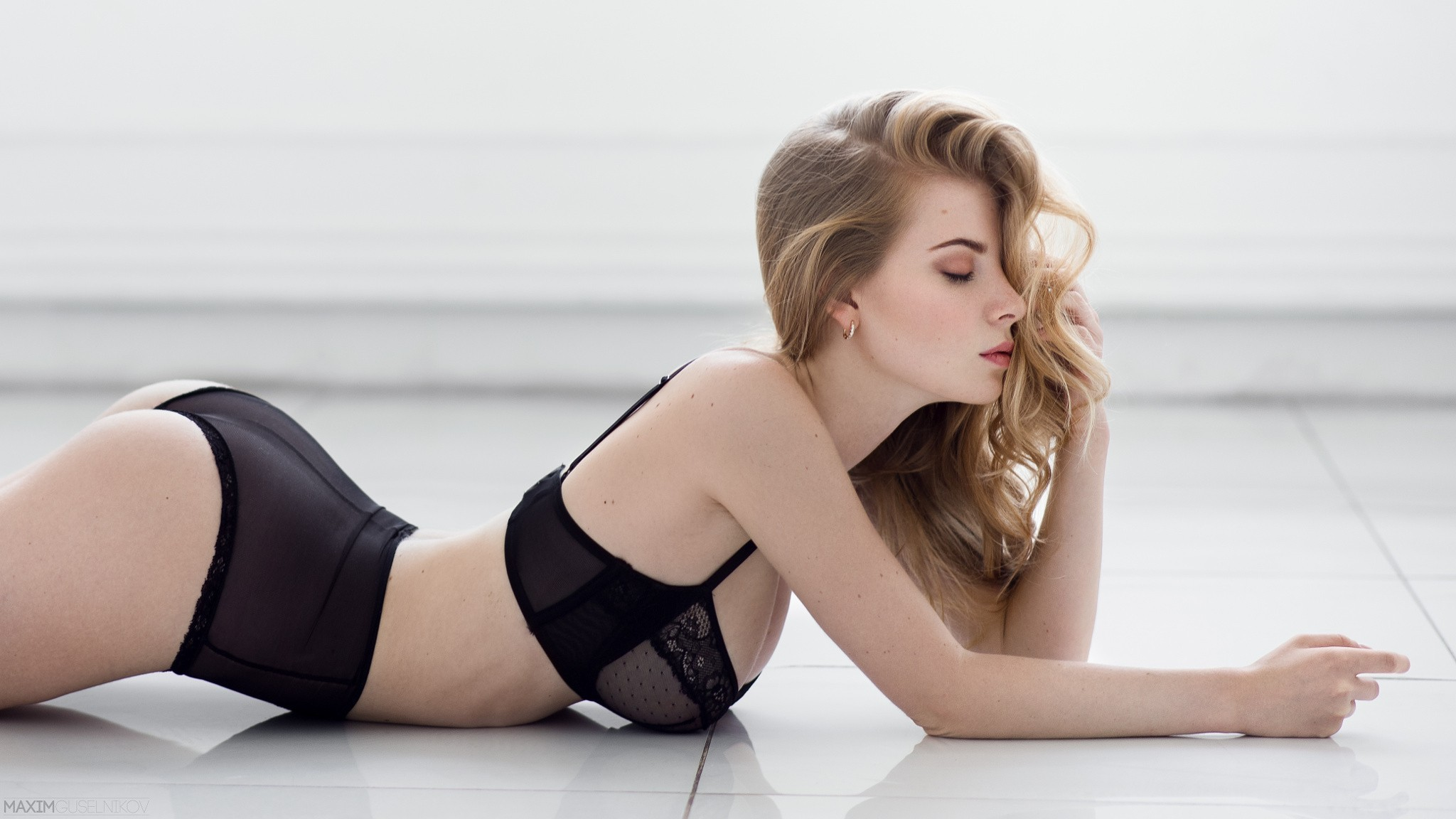 Irina Popova Sexy Photos
