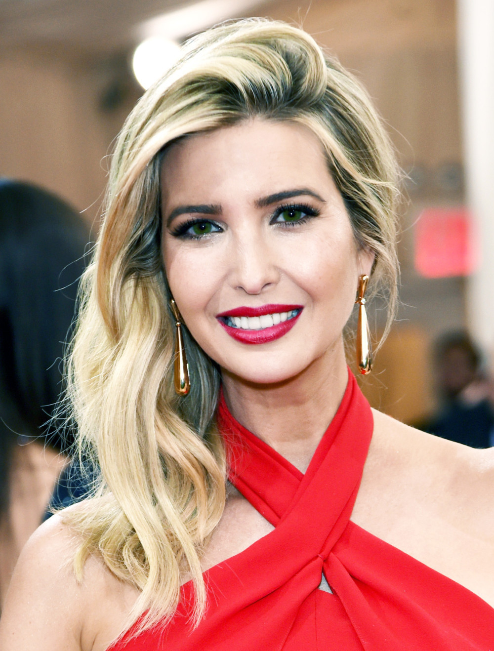 Ivanka Trump Free Download Wallpaper For Mobile