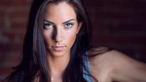 Janna Breslin Hot