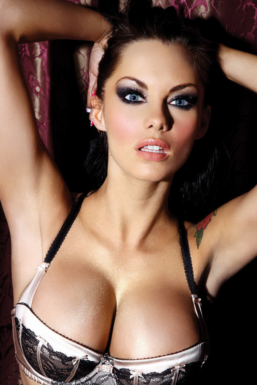 Jessica Jane Clement Background