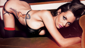 Jessica Jane Clement Sexy Photos