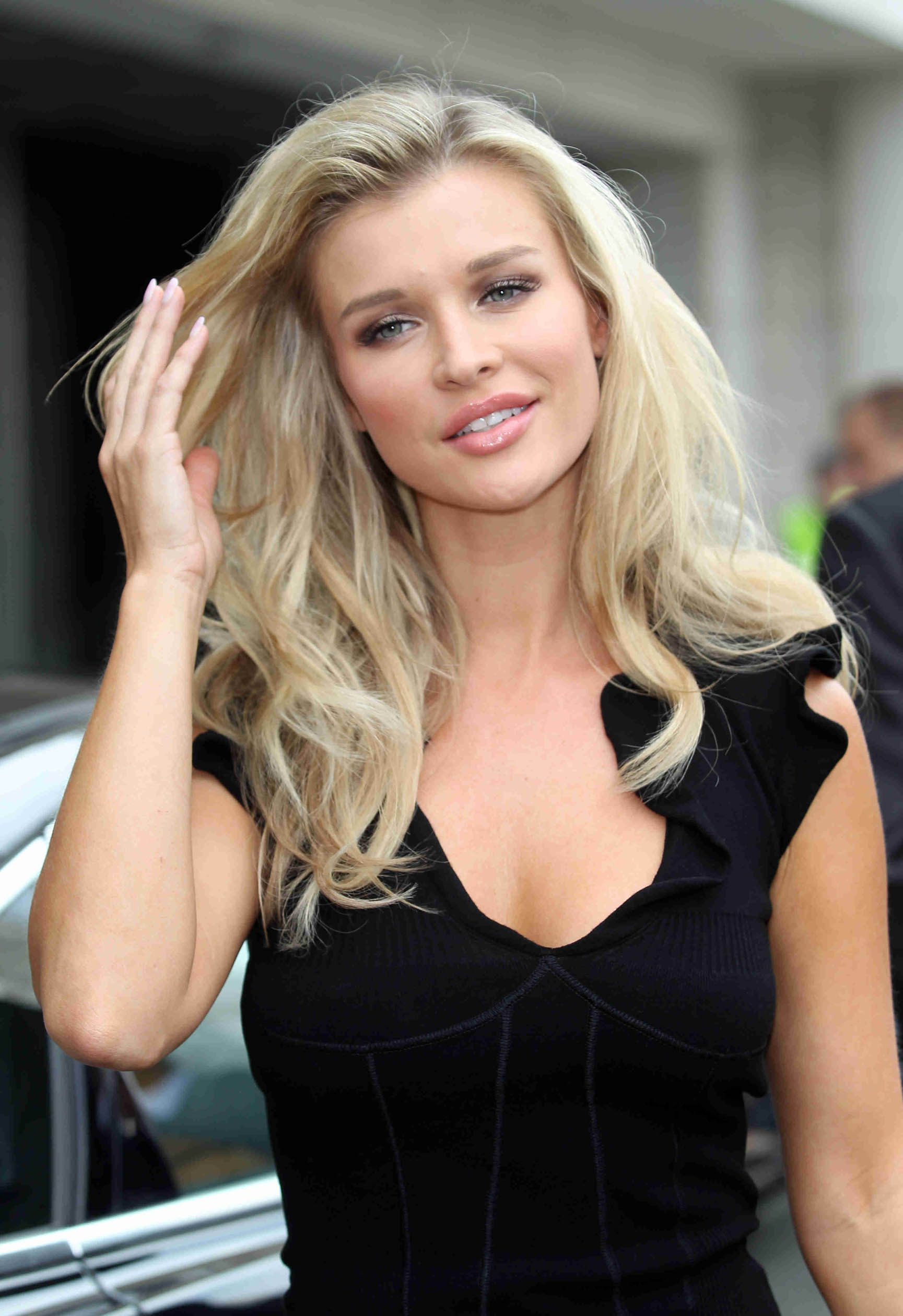 Joanna Krupa Android Wallpapers
