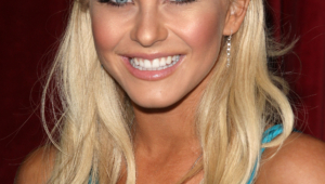 Julianne Hough Desktop For Iphone