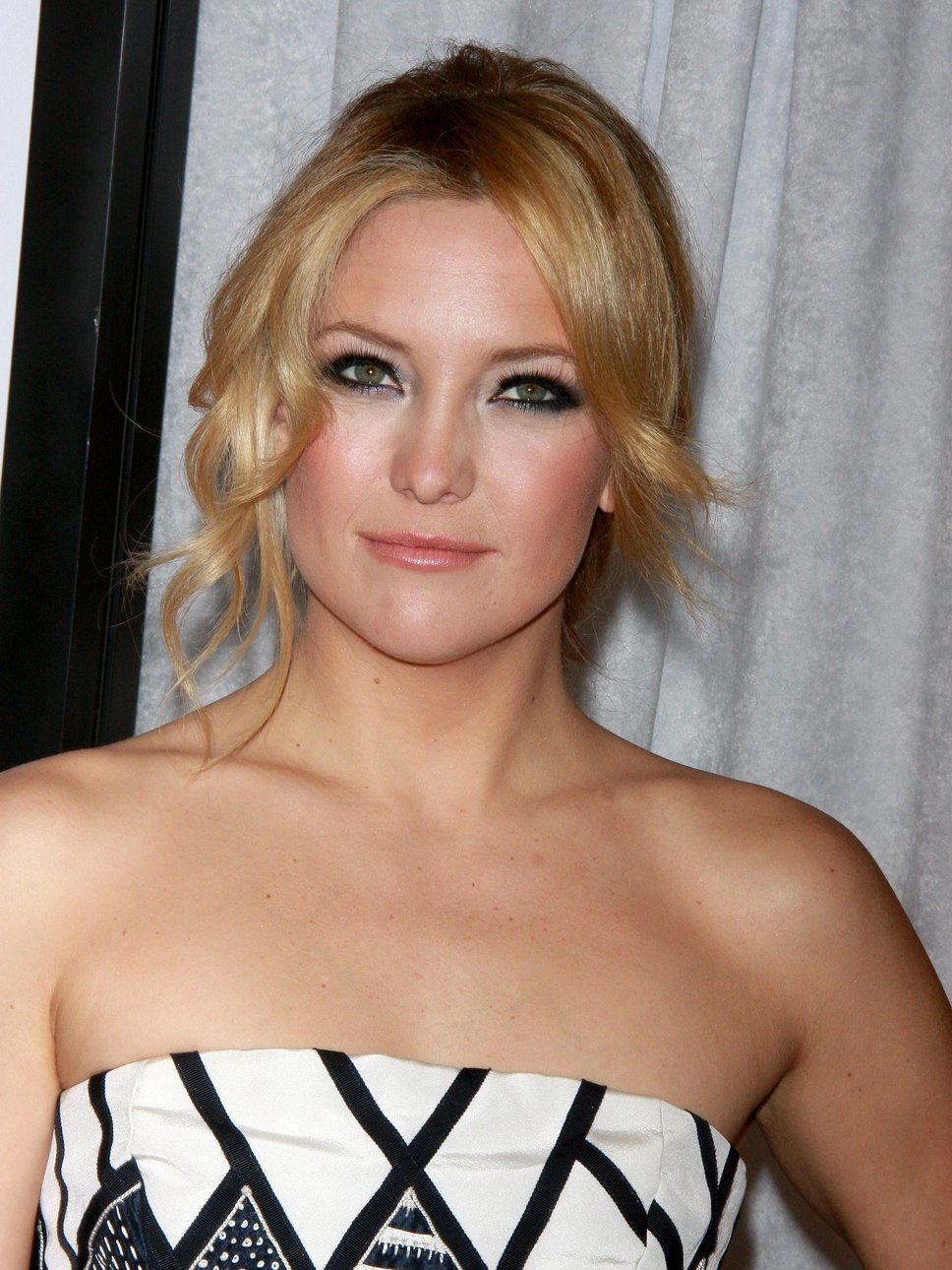 Kate Hudson Hd Iphone