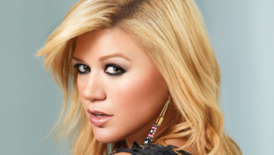 Kelly Clarkson Photos