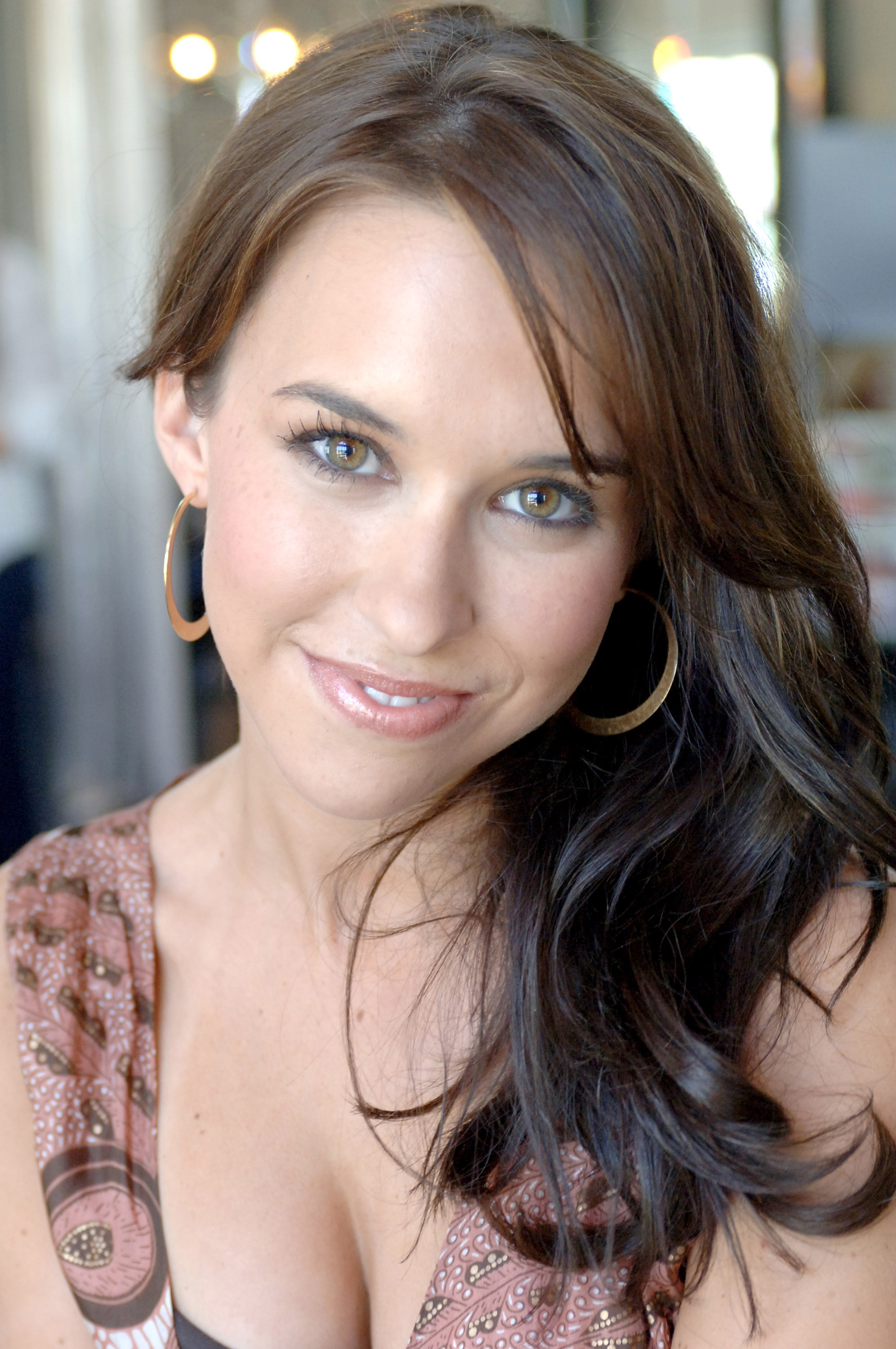 Lacey Chabert Iphone Background