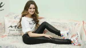 Laura Marano Hd Background