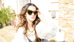Laura Marano Full Hd