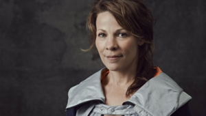 Lili Taylor Background