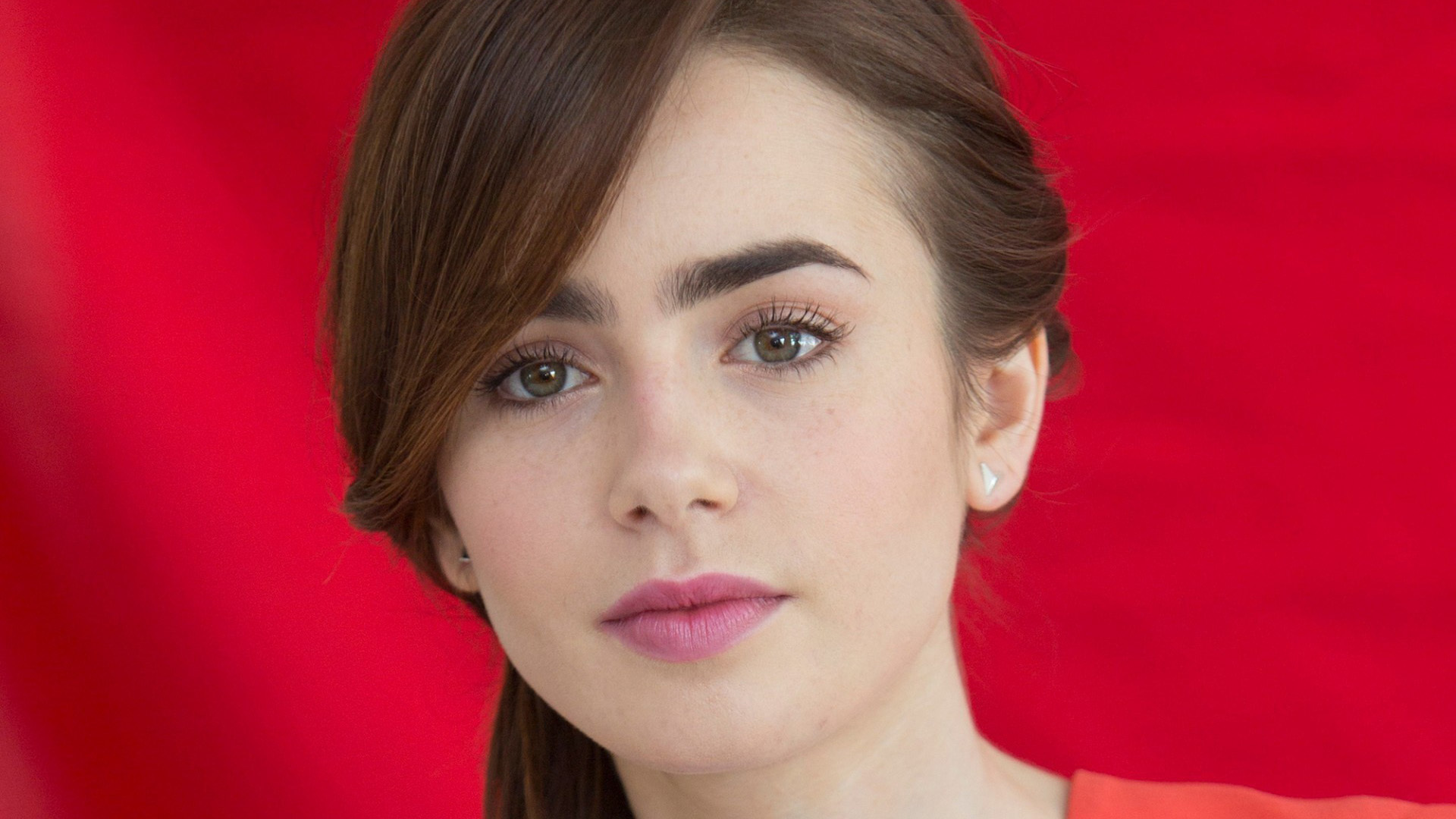 Lily Collins 4k