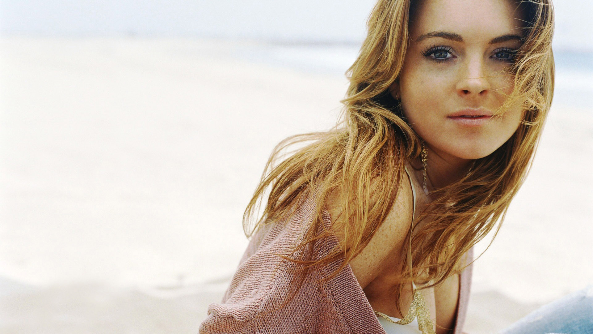 Lindsey Lohan Wallpapers And Backgrounds