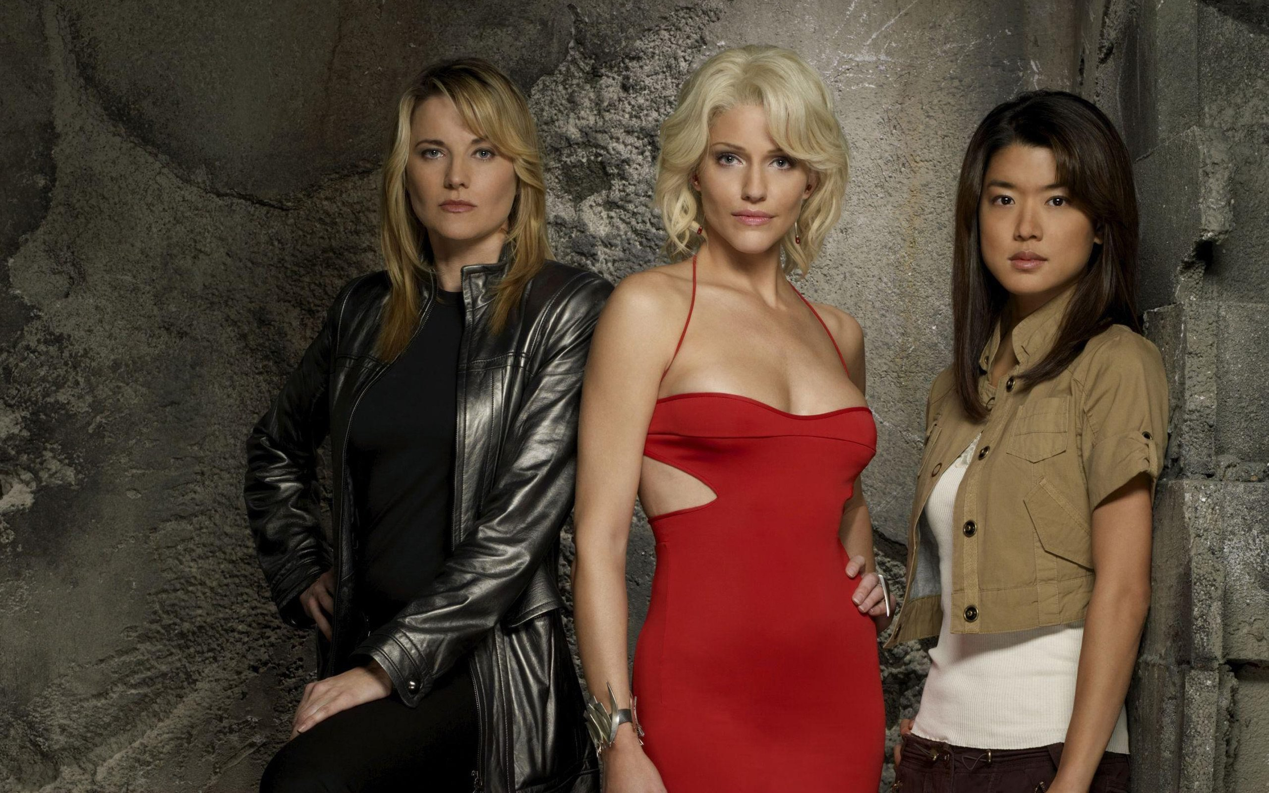 Lucy Lawless Pictures