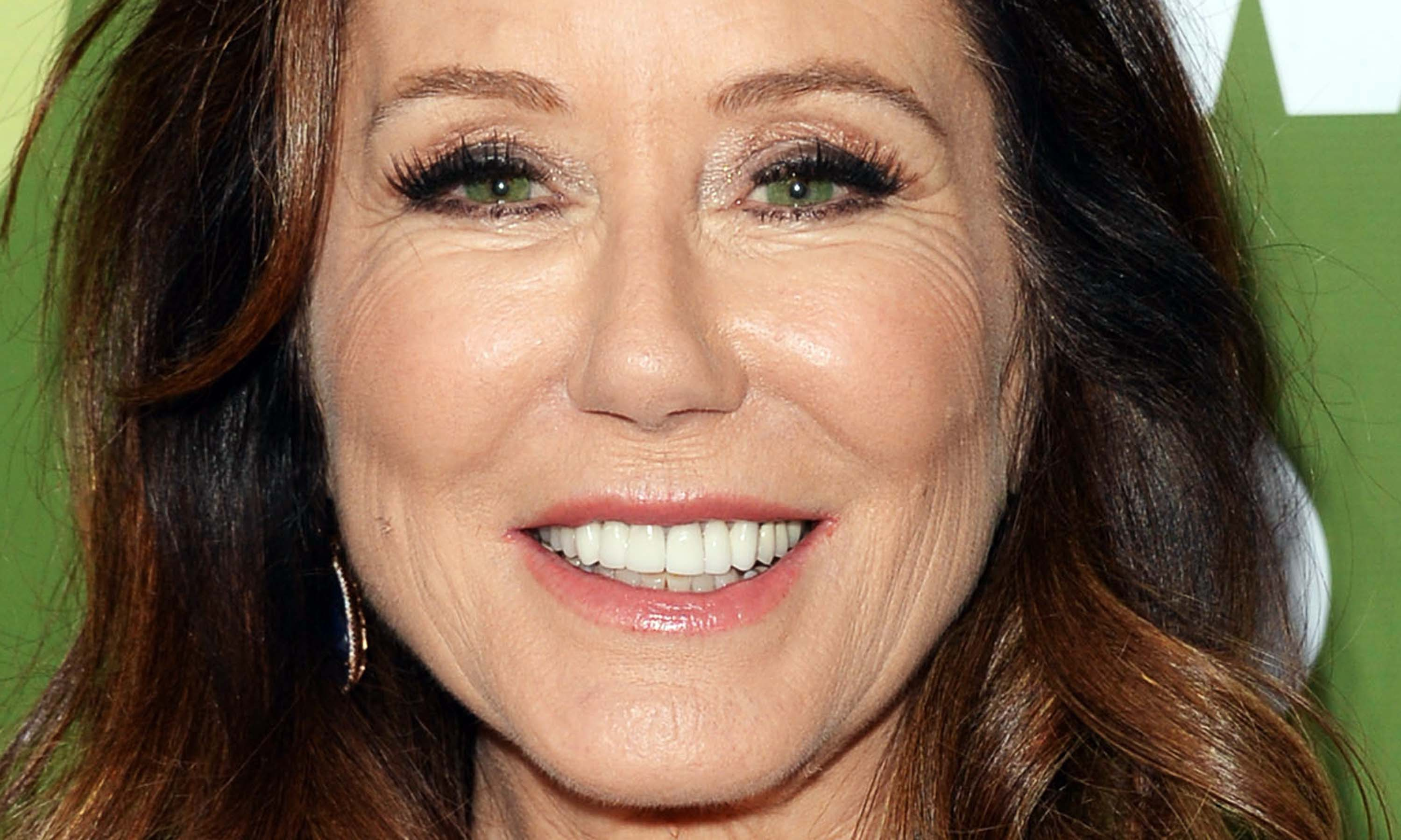 Mary Mcdonnell Images