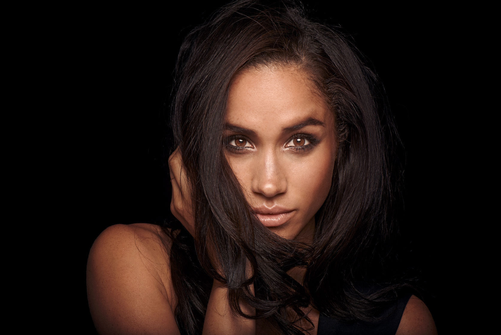 Meghan Markle Computer Backgrounds