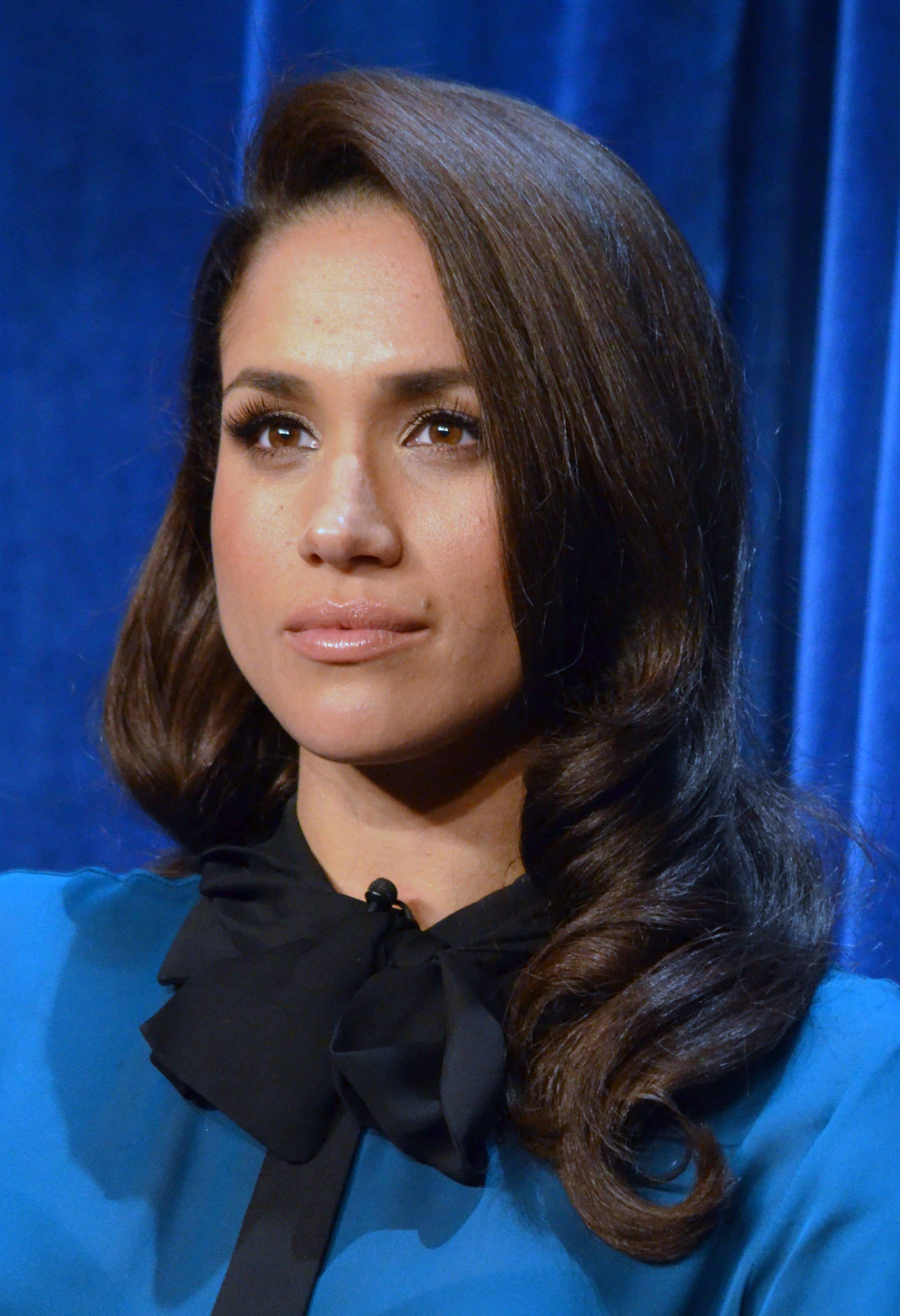 Meghan Markle Free Download Wallpaper For Mobile