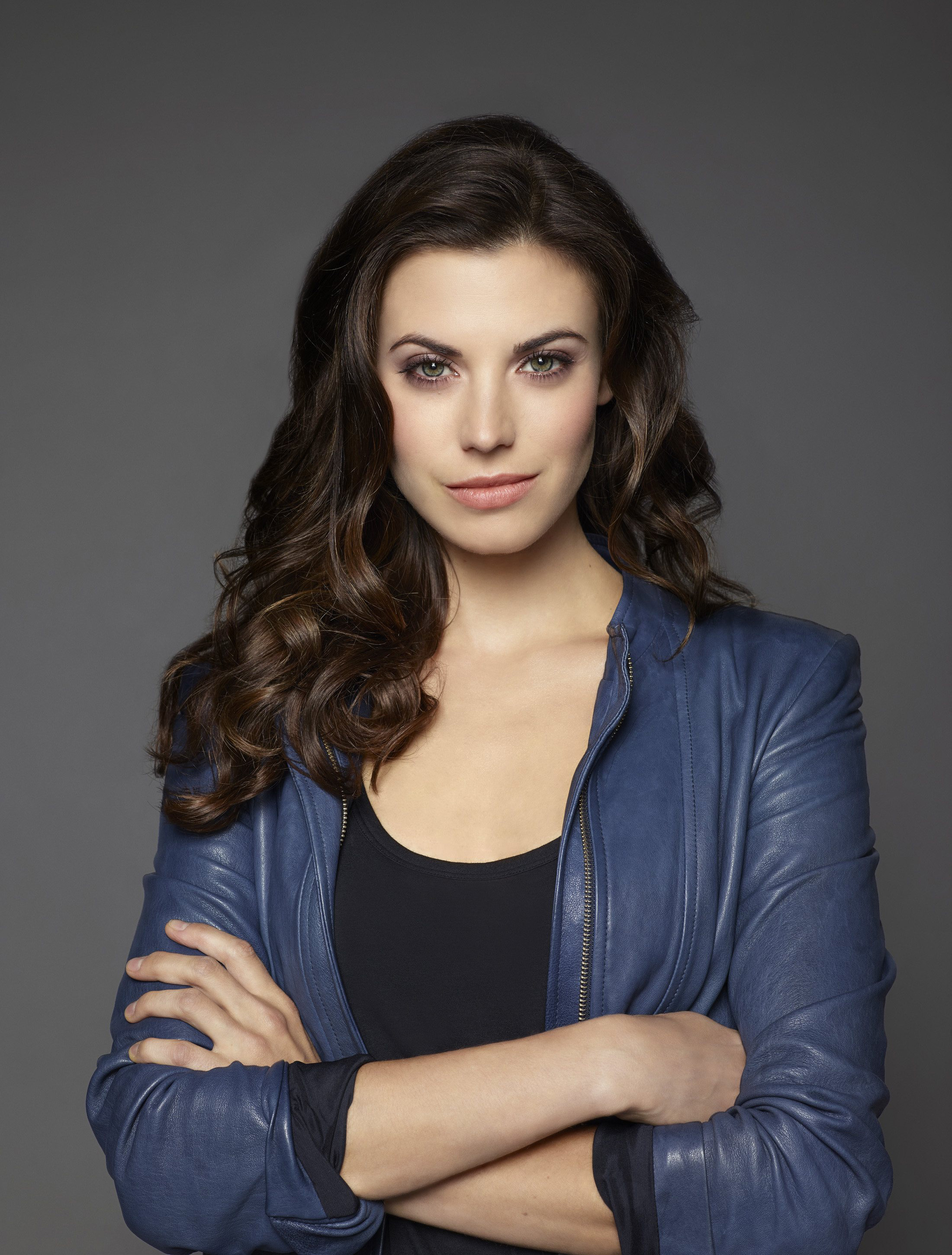 Meghan Ory Iphone Background