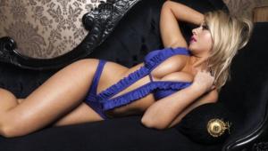Melissa Debling Sexy