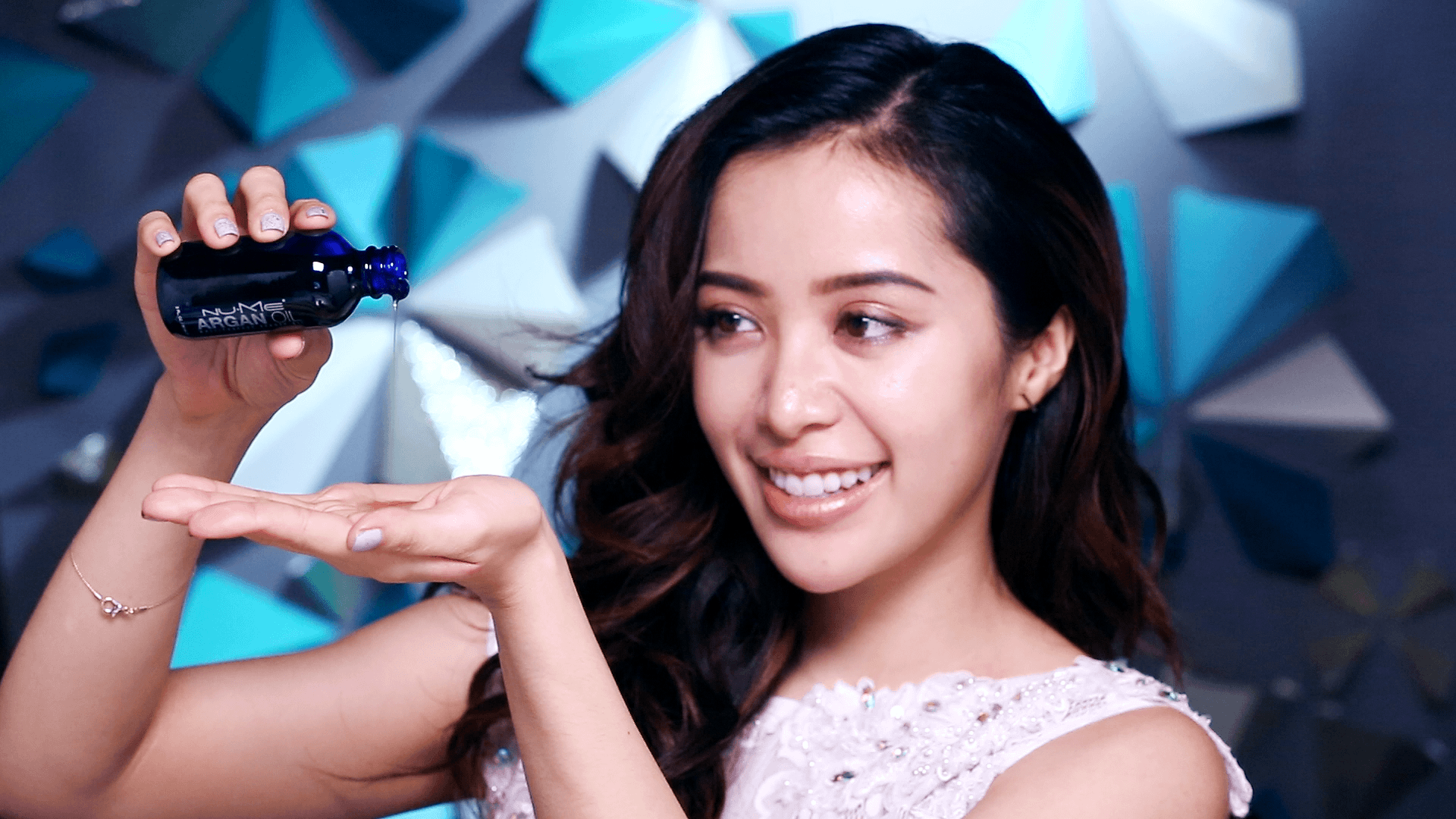 Michelle Phan Background