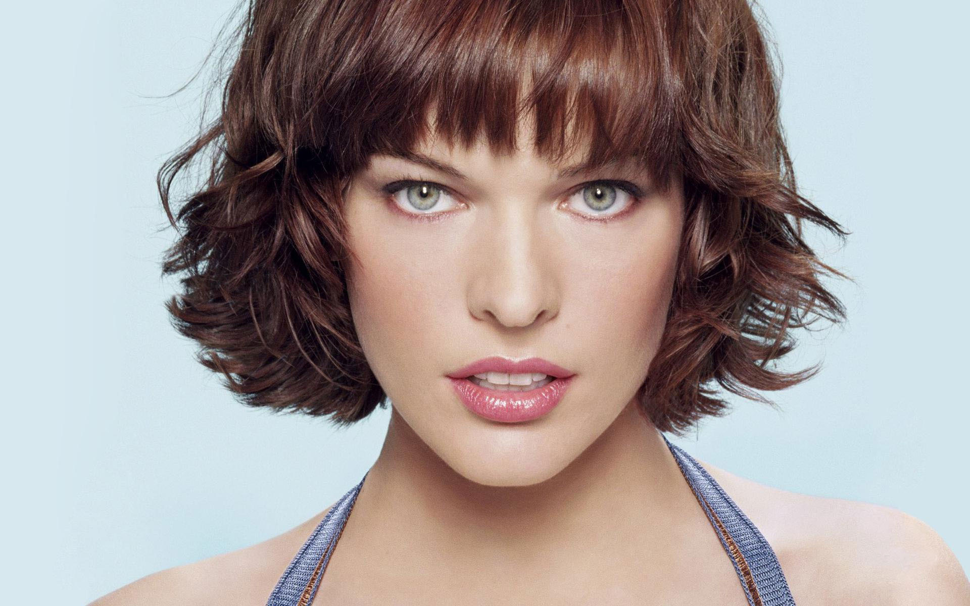 Milla Jovovich High Quality Wallpapers