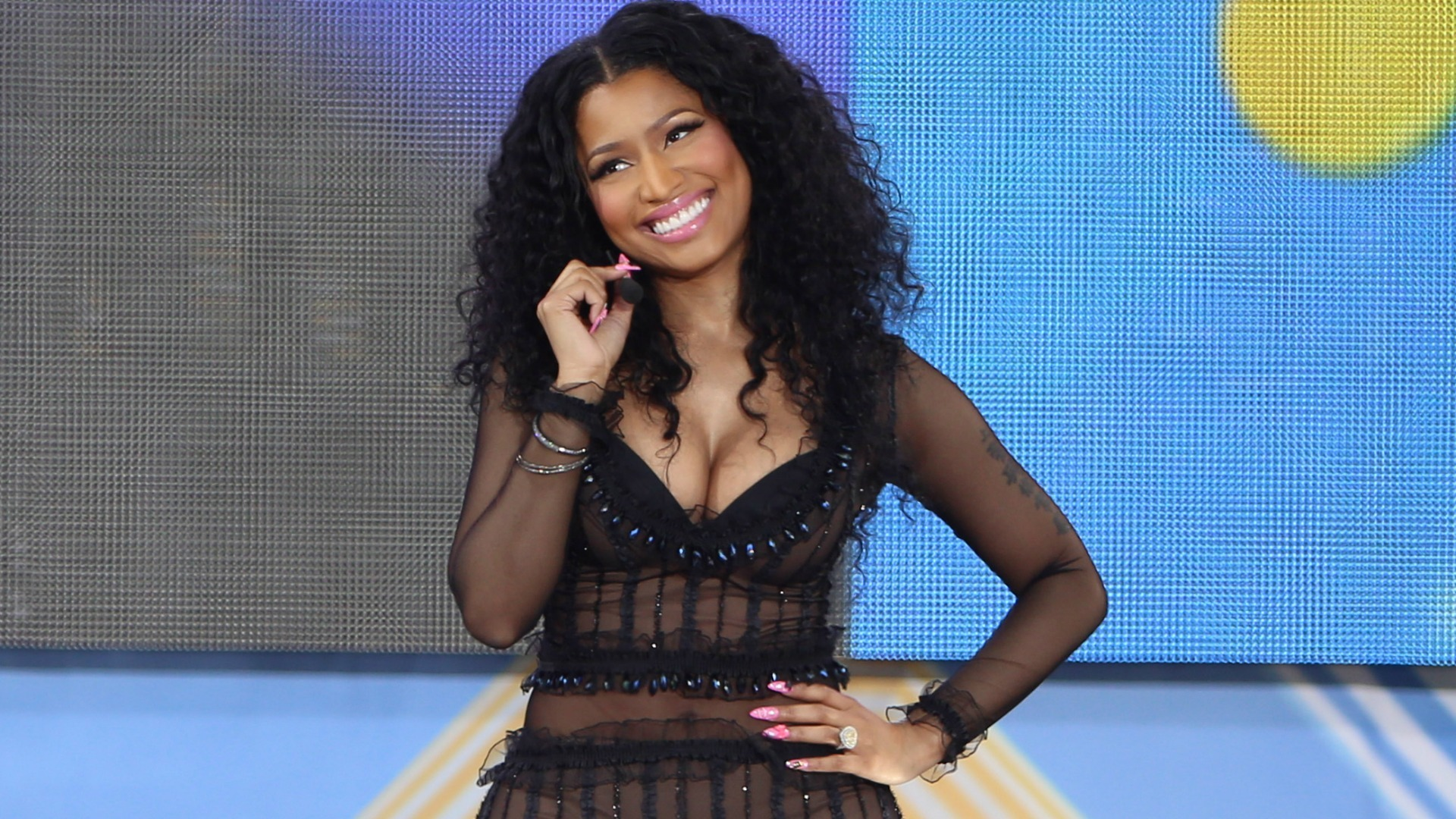 Nicki Minaj Background