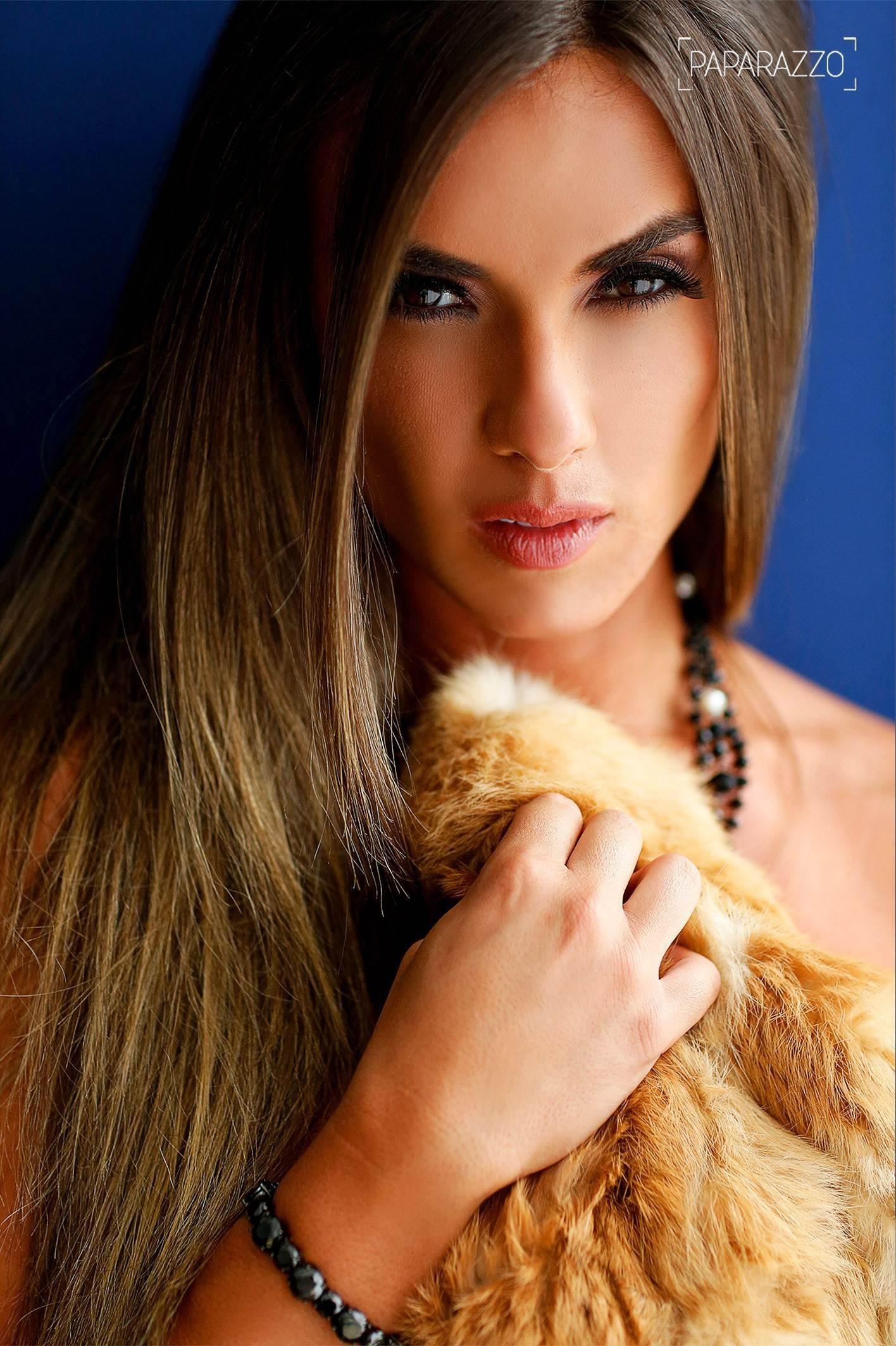 Nicole Bahls Hd Iphone