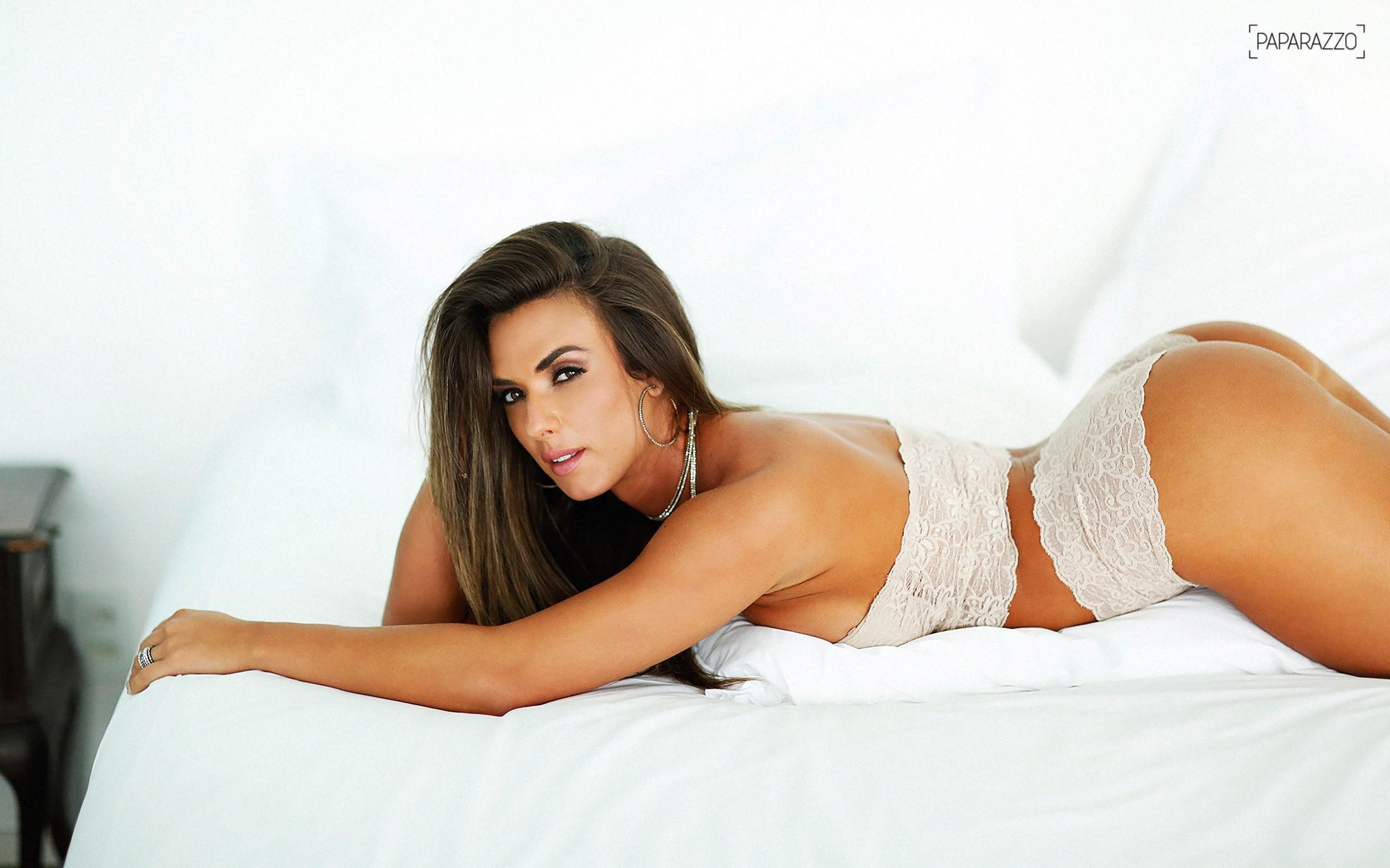Nicole Bahls Sexy Wallpapers