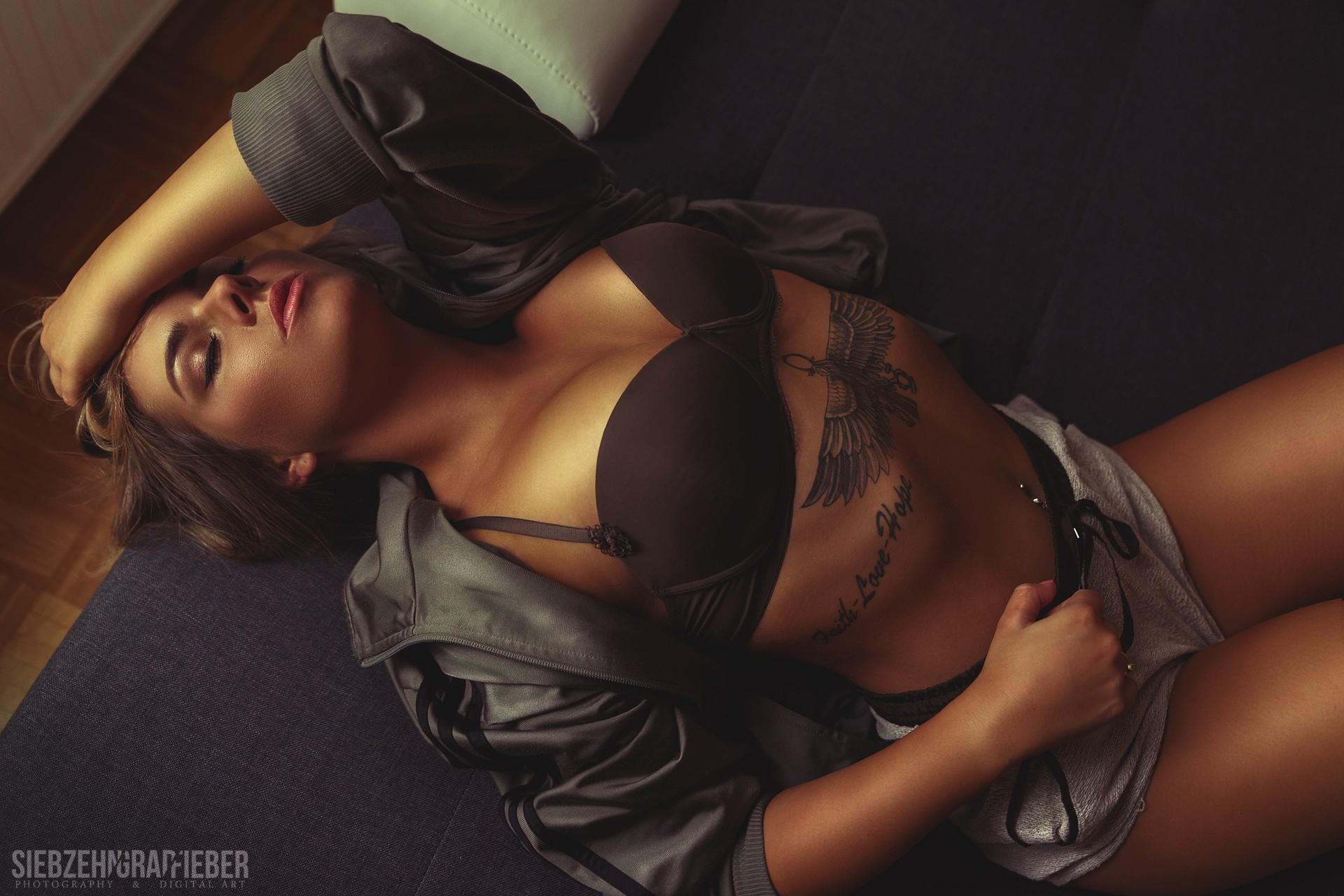 Nicole Jeanne Wallpaper