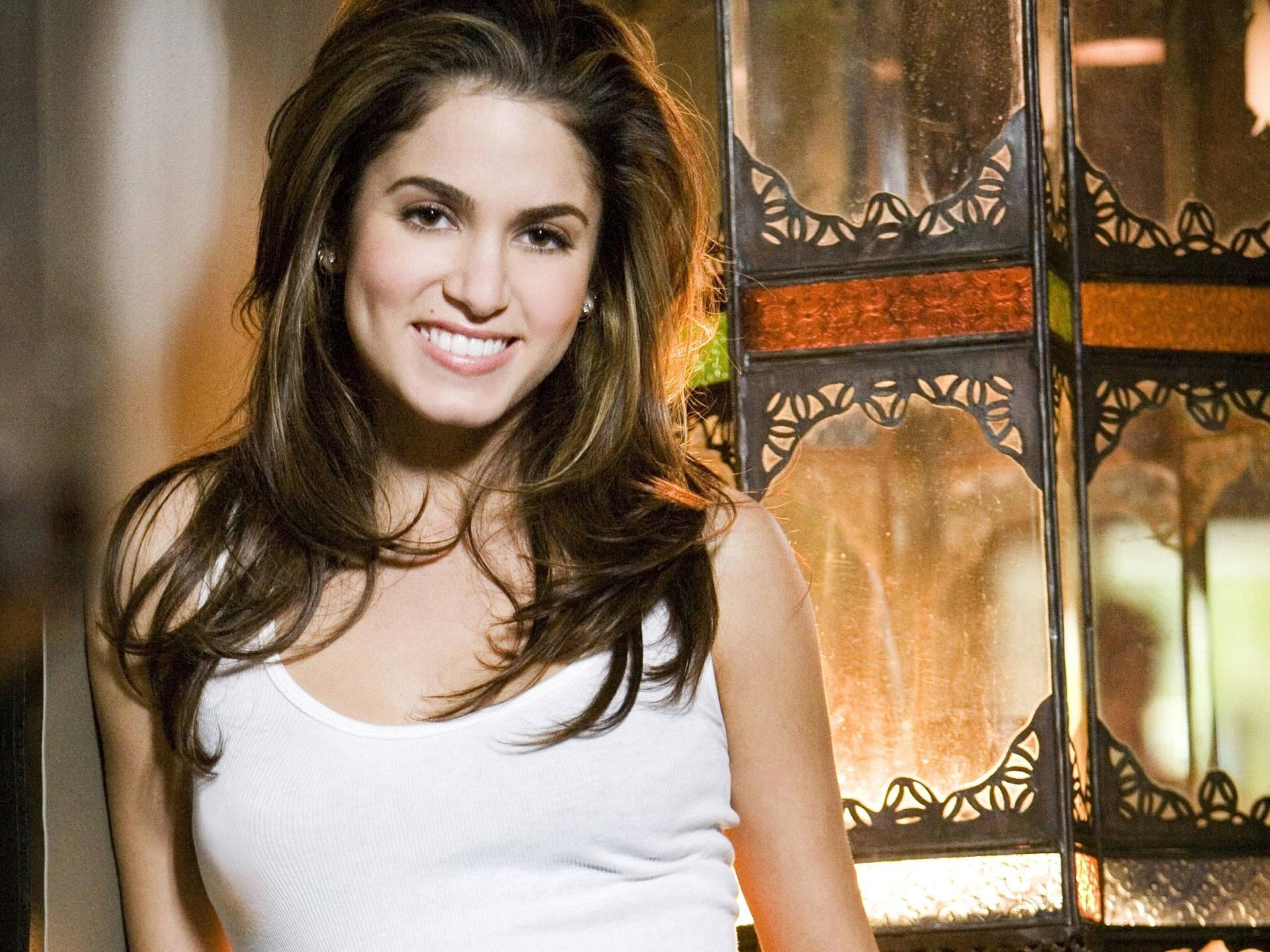 Nikki Reed High Quality Wallpapers