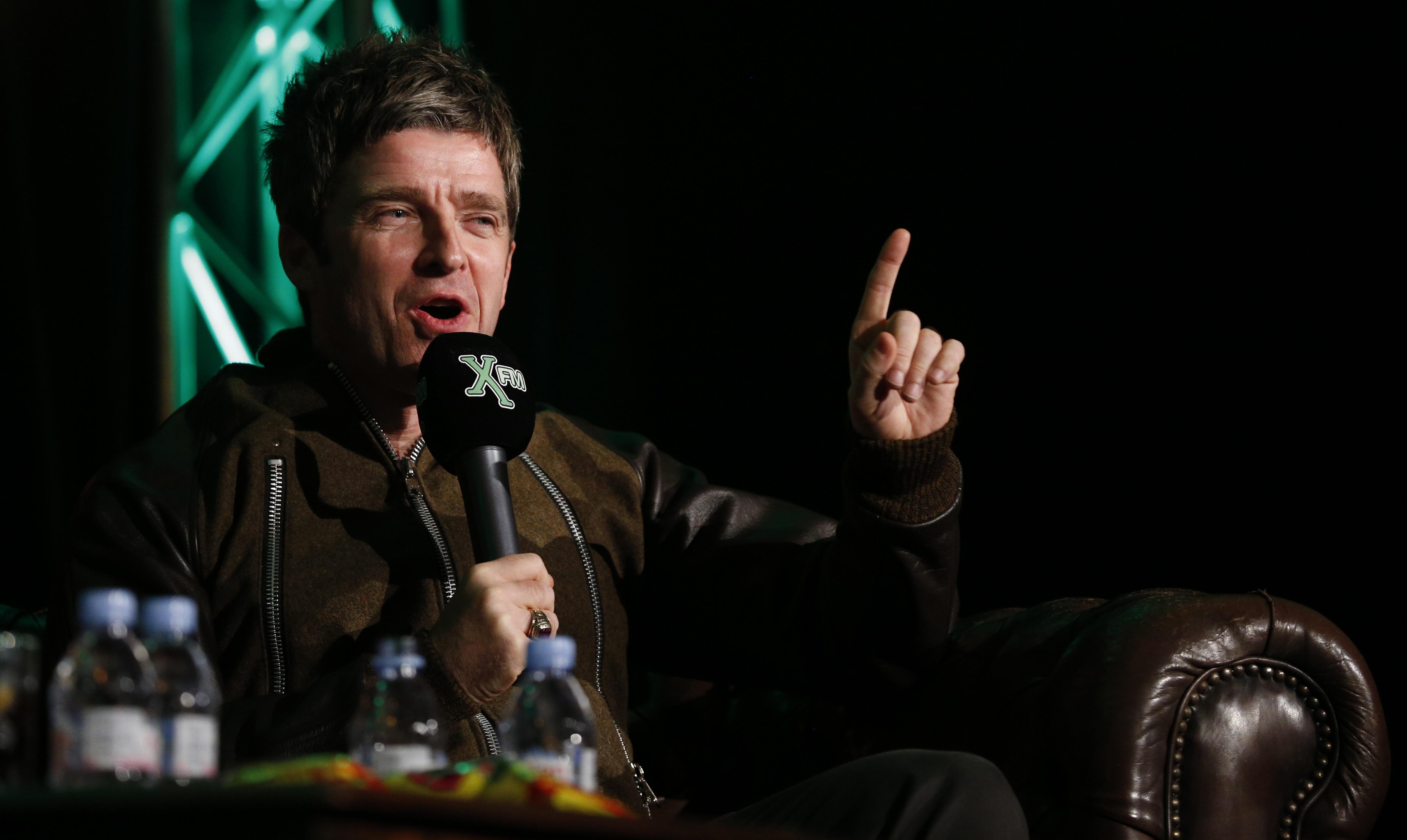 Noel Gallagher Hd Desktop