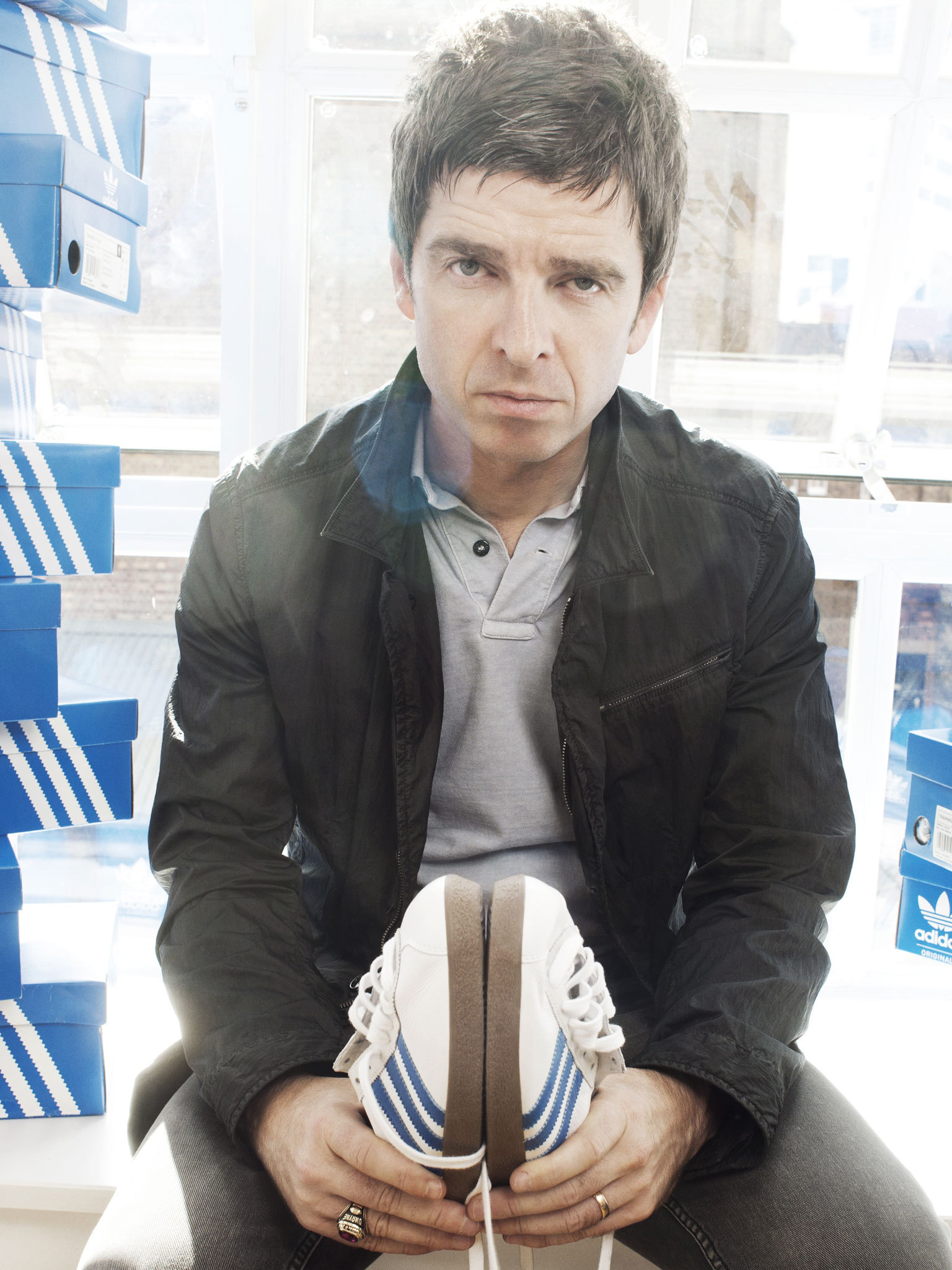 Noel Gallagher Hd Iphone