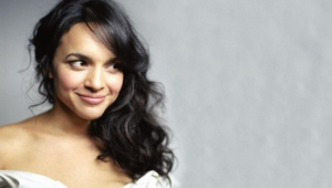 Norah Jones Background