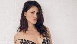 Phoebe Tonkin Photos