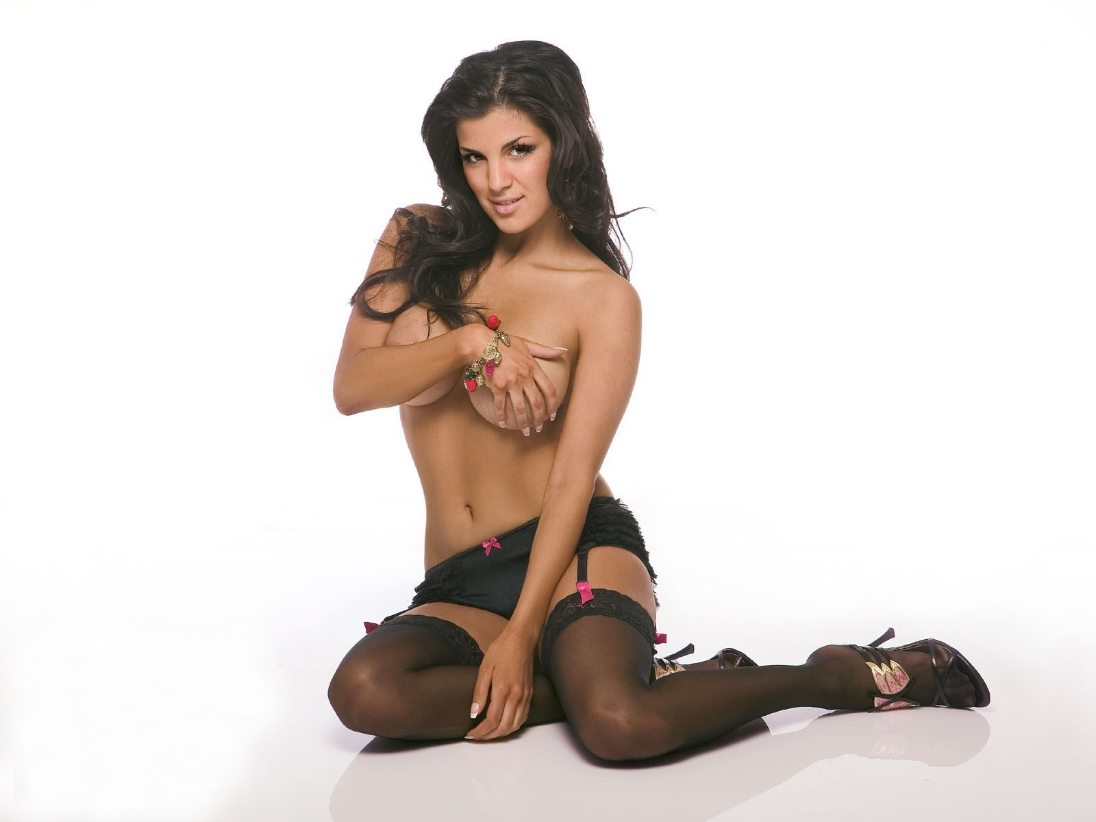 Pictures Of Aylar Lie