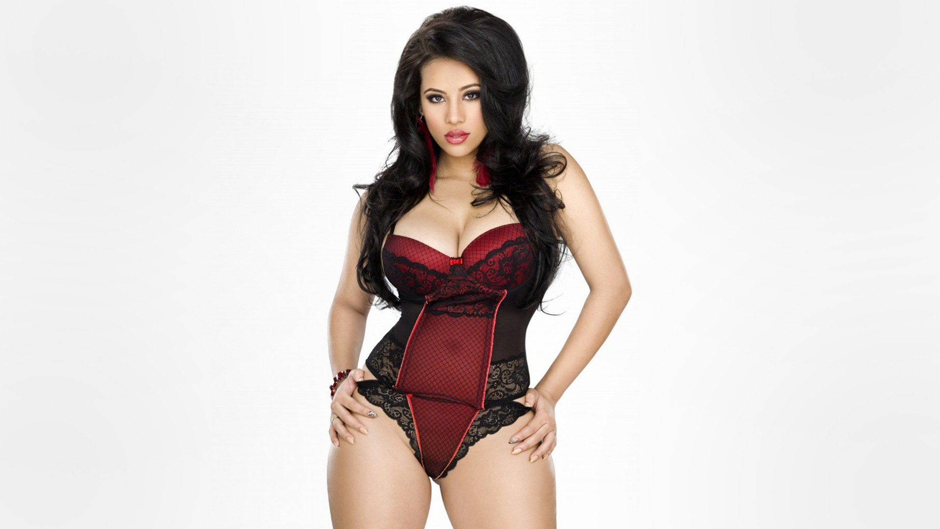 Pictures Of Cyn Santana