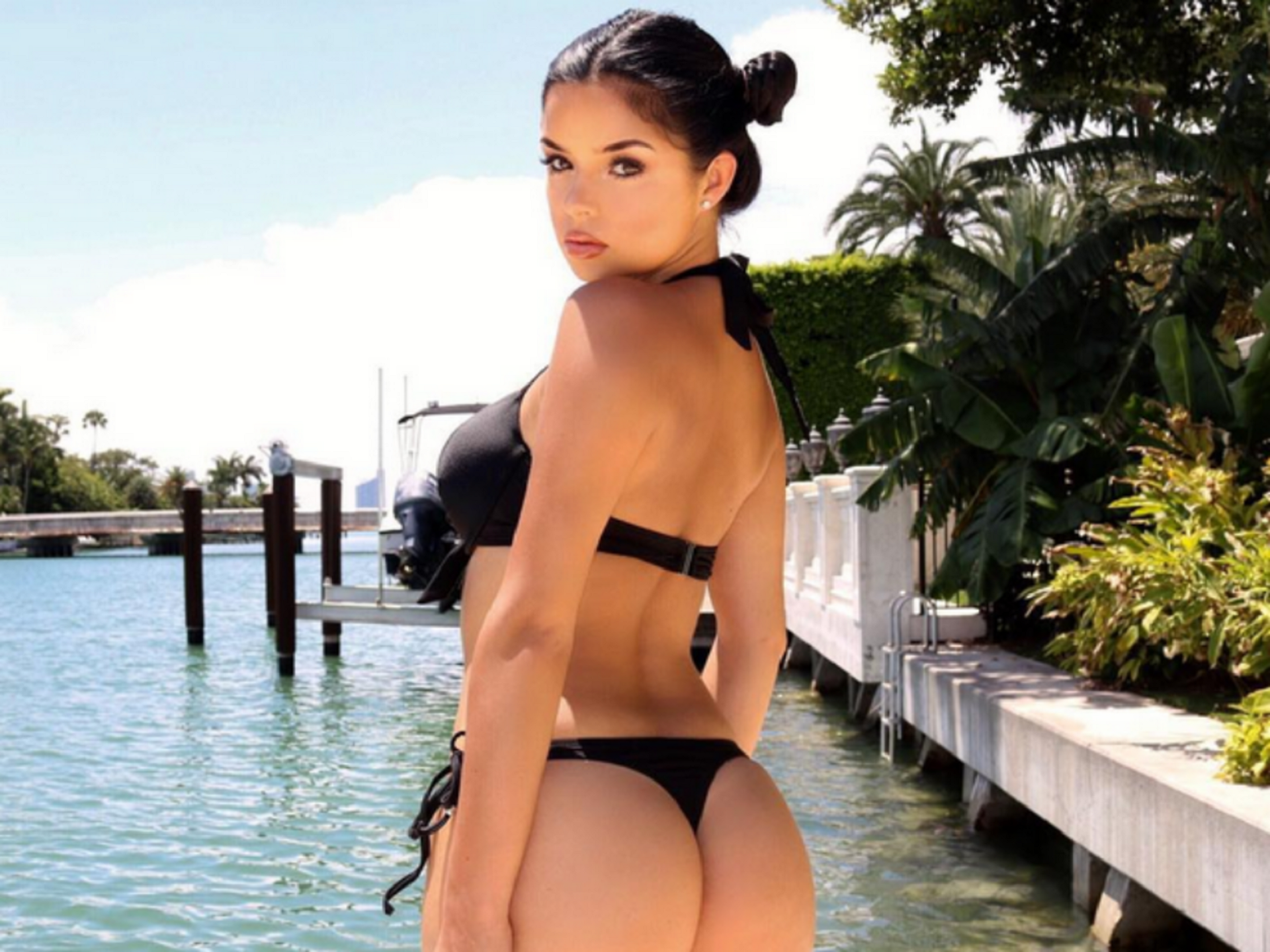 Pictures Of Demi Rose